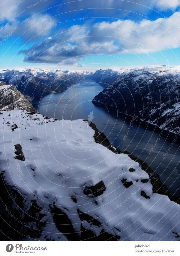Wasser in drei Aggregatzuständen Landschaft Himmel Wolken Winter Schnee Felsen Berge u. Gebirge Fjord Meer Norwegen Menschenleer Stein Ferien & Urlaub & Reisen