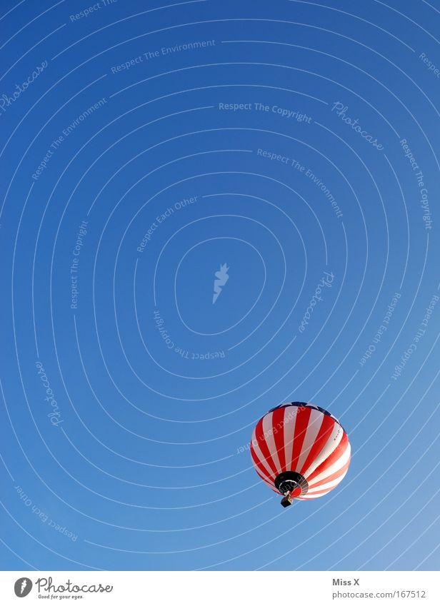 immer wenn ich einen seh Himmel Ferien & Urlaub & Reisen Sommer Freiheit fliegen hoch frei fahren Schönes Wetter Ballone Stars and Stripes Froschperspektive Fahne Ballonfahrt