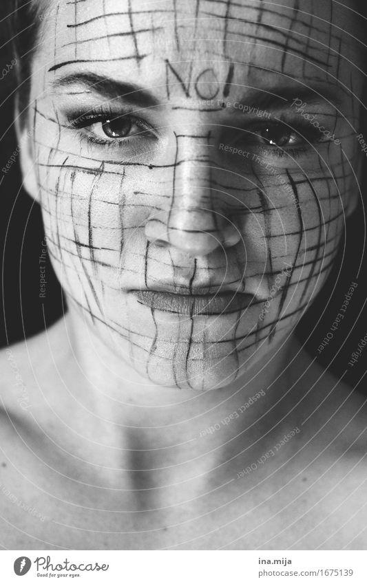 NO! Mensch feminin Junge Frau Jugendliche Erwachsene Leben Gesicht 1 18-30 Jahre Künstler Hemmung gefährlich Stress Verzweiflung Verbitterung Aggression Gewalt