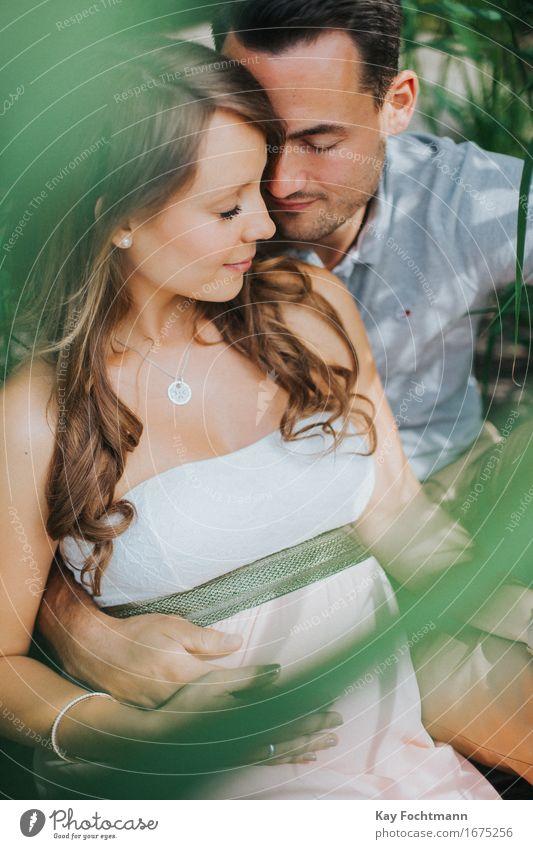 ° Glück harmonisch Wohlgefühl Zufriedenheit Erholung Junge Frau Jugendliche Junger Mann Familie & Verwandtschaft Paar Partner Leben 2 Mensch 18-30 Jahre