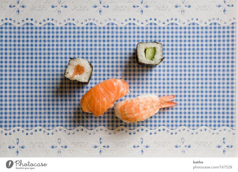 japan meets bavaria blau außergewöhnlich Lebensmittel Ernährung ästhetisch Dekoration & Verzierung Fisch einzigartig Kitsch Reichtum Abendessen mehrfarbig