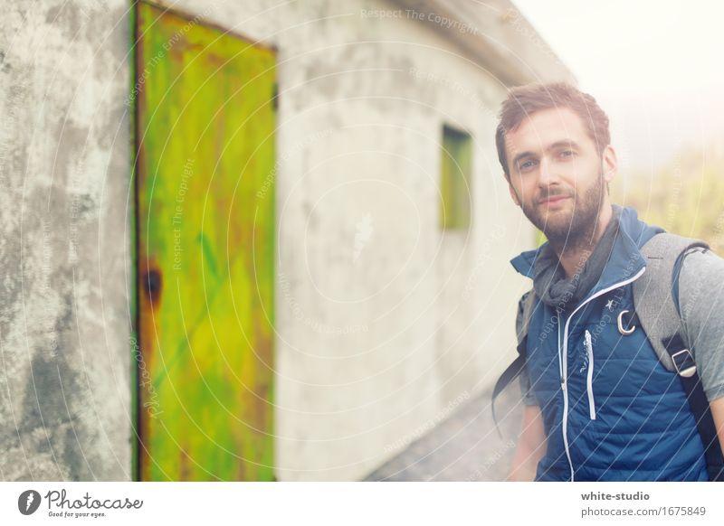 Tür 1? maskulin Mann Erwachsene 18-30 Jahre Jugendliche wandern Entscheidung Lebenslauf grün Freizeit & Hobby Fitness Außenaufnahme work sportlich Sportler