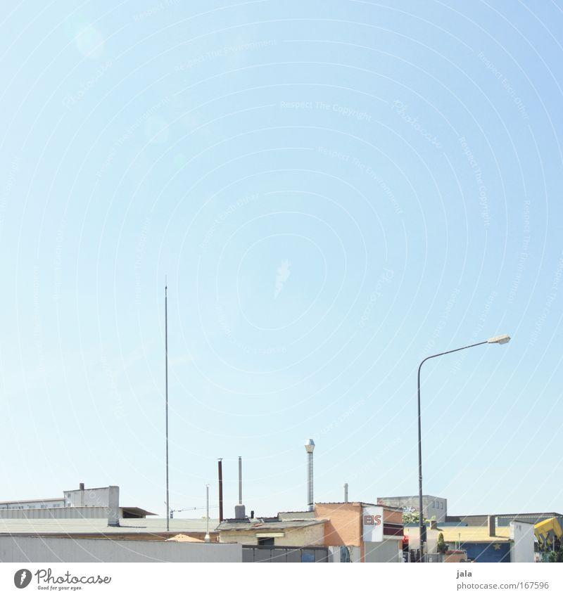 [PC-Usertreff Ffm]: Industriepark Ost Farbfoto Außenaufnahme Menschenleer Tag Himmel Frankfurt am Main Stadt Hafenstadt Industrieanlage Fabrik Bauwerk Gebäude