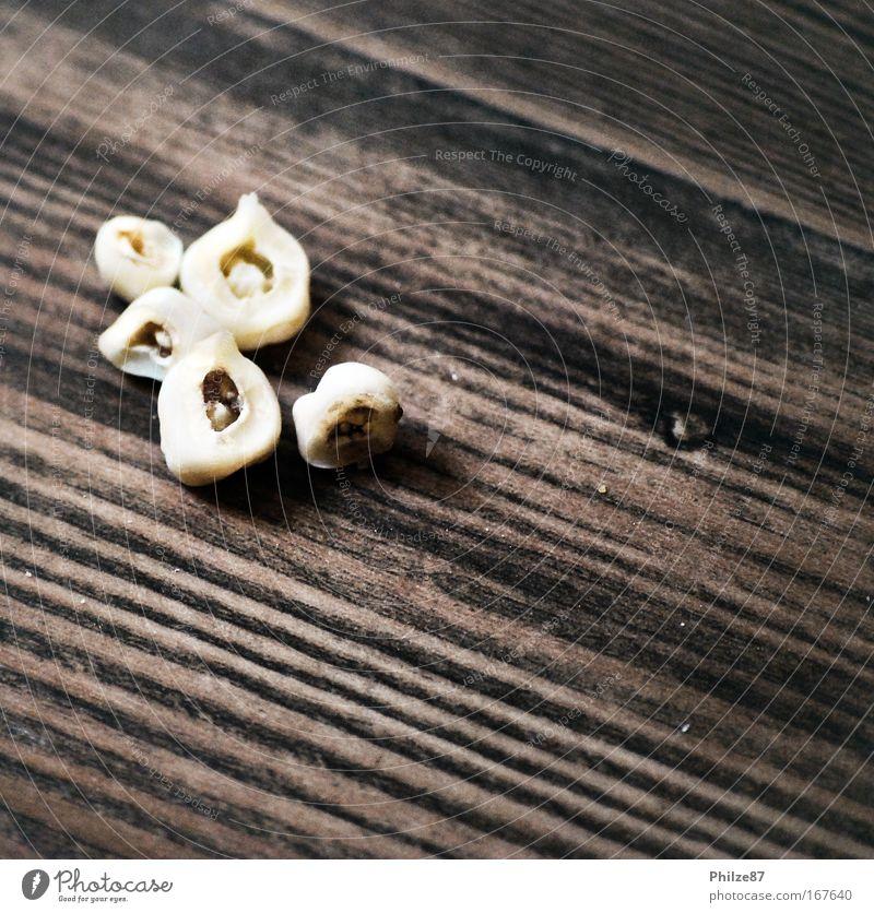 Wenn die Zahnfee streikt alt Holz klein braun Zähne Ekel Maserung Karies Zahnschmerzen Milchzähne ausfallen Zahnwurzel