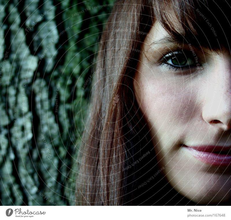 auge.nase.mund Porträt schön Haare & Frisuren Gesicht Schminke Lippenstift Rouge feminin Frau Erwachsene Haut Kopf Auge Nase Mund Baum brünett langhaarig