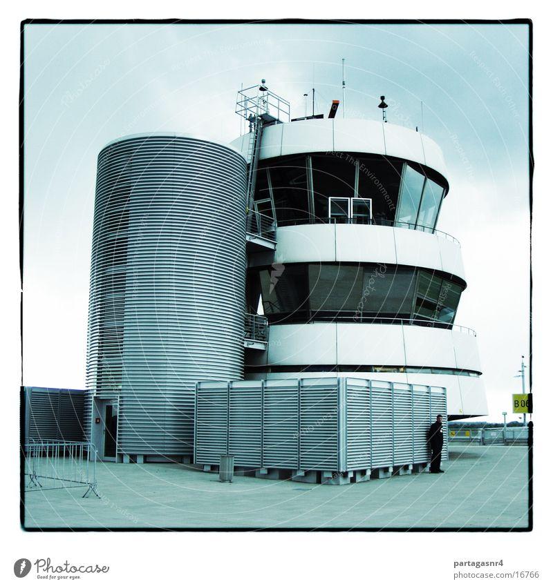 Tower Gebäude Beton Sicherheit modern Luftverkehr Turm Flughafen Radarstation