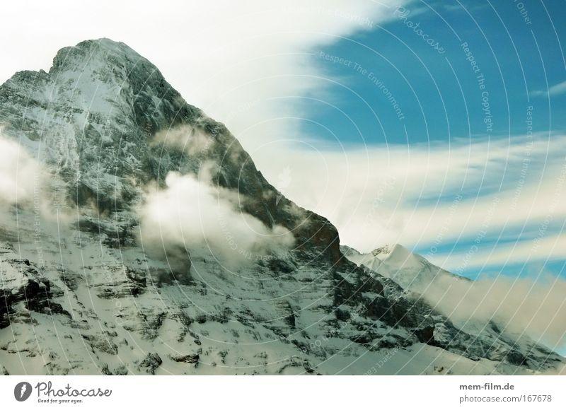 Nordwand Eiger Grindelwald Berner Oberland Schweiz Berge u. Gebirge alpin Alpinismus Todeswand Himmel Wetterumschwung Bergsteigen Berüchtigt steil weisse Spinne
