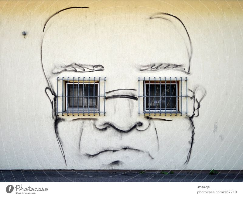 Brillenträger Farbfoto Gedeckte Farben Außenaufnahme Textfreiraum oben Zentralperspektive Stil Design maskulin Kopf Gesicht 1 Mensch Fenster Glatze Graffiti