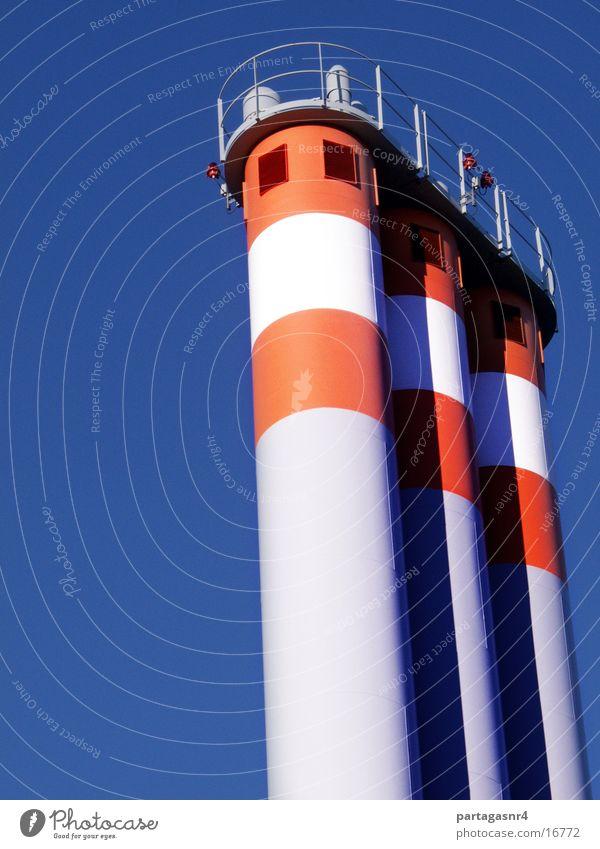 3 Kamine vertikal Elektrisches Gerät Technik & Technologie Block-Heizkraftwerk Himmel