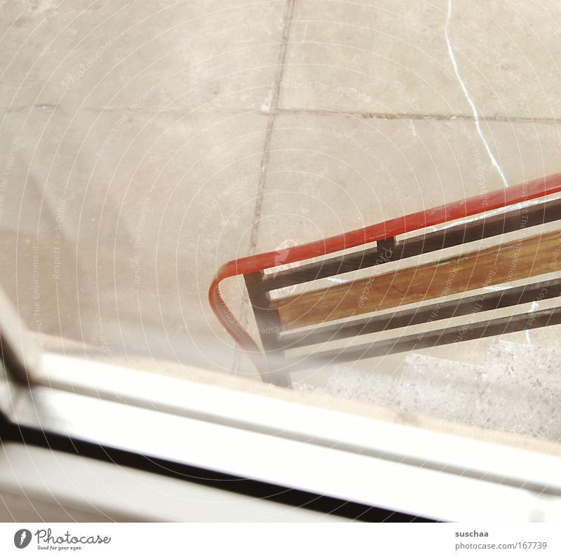 zeitfenster Gedeckte Farben Außenaufnahme Textfreiraum rechts Dorf Treppe stagnierend Vergangenheit Treppengeländer blick nach draussen Hof Fenster