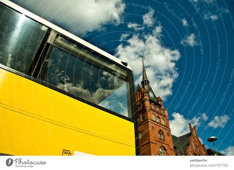 Steglitz Himmel Sommer Wolken Berlin Architektur Straßenverkehr Verkehr offen Bus Stadt Stadtteil Hauptstadt Rathaus Gesetze und Verordnungen Öffentlicher Personennahverkehr