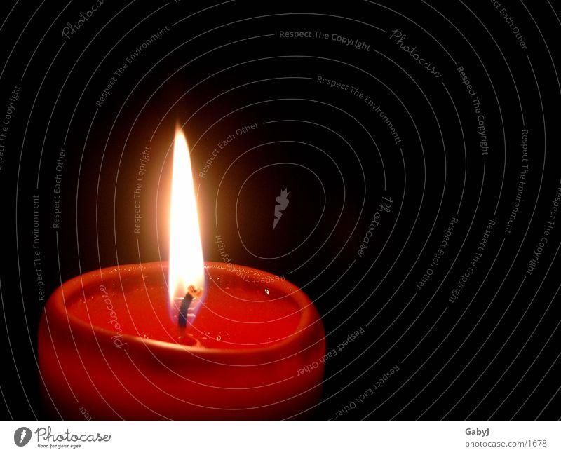 Advent** Weihnachten & Advent rot Lampe dunkel Herbst Stimmung Brand Kerze Häusliches Leben gemütlich Religion & Glaube Kerzenschein
