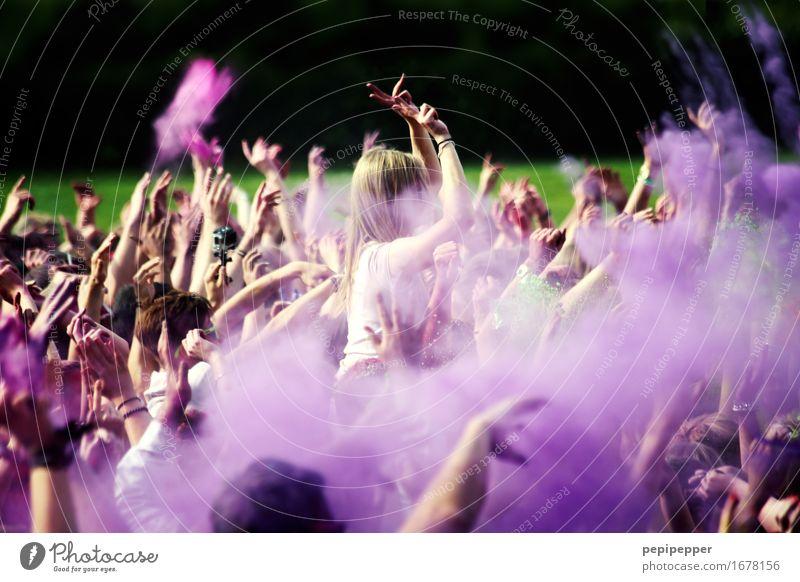 Holi Festival Mensch Jugendliche Freude 18-30 Jahre Erwachsene Lifestyle Glück Feste & Feiern Party Freizeit & Hobby Musik Tanzen Veranstaltung Konzert Bühne