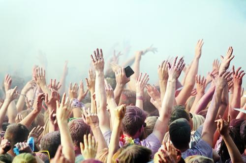 party Jugendliche Sommer Freude 18-30 Jahre Erwachsene Glück Feste & Feiern Haare & Frisuren Party Stimmung Freizeit & Hobby Musik Fröhlichkeit Tanzen