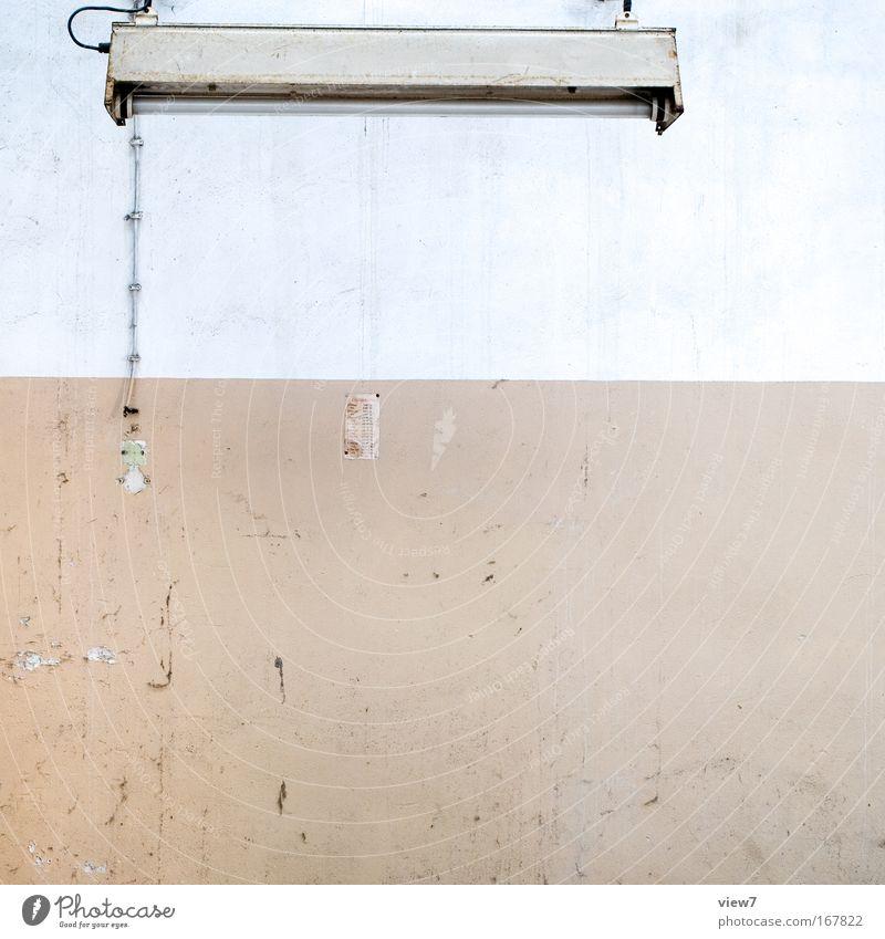 Licht an! alt weiß ruhig braun Raum Industrie Energiewirtschaft Elektrizität Kabel Wandel & Veränderung Dekoration & Verzierung Häusliches Leben Vergänglichkeit
