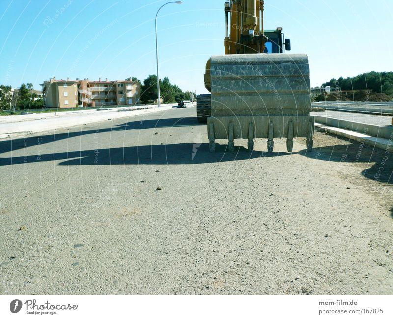 Dinosaurier II Bagger Schaufel Baustelle Straßenbau Straßenverkehr Kraft Baggerschaufel Bauarbeiter Bauherr Projekt Weitwinkel Pause