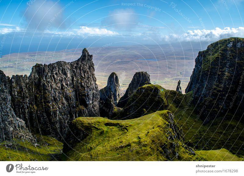 The Quiraing, Isle of Skye, Scotland Natur Ferien & Urlaub & Reisen grün Landschaft Erholung Berge u. Gebirge Gefühle Bewegung Sport außergewöhnlich Felsen