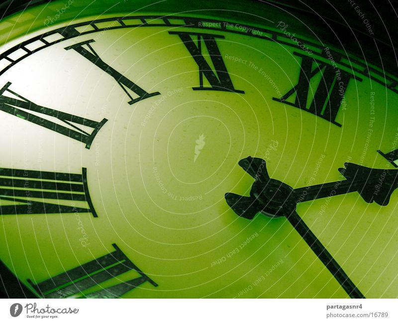 Bahnhofsuhr Zeit Uhr Industrie historisch Mechanik Uhrenzeiger Jugendstil