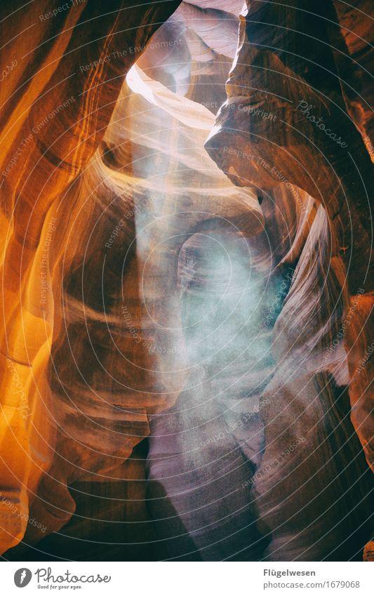 Upper Antelope Canyon [22] Farbe Berge u. Gebirge Stein Sand Felsen Tourismus orange Ausflug berühren Hügel USA Amerika eckig Schlucht Farbenspiel Lichtspiel