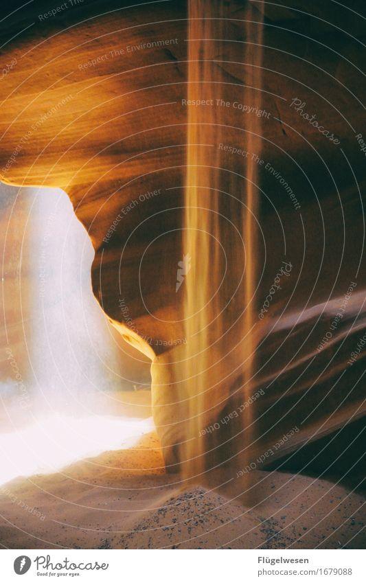 Upper Antelope Canyon [27] Farbe Berge u. Gebirge Stein Sand Felsen Tourismus orange Ausflug berühren Hügel USA Amerika eckig Schlucht Farbenspiel Lichtspiel