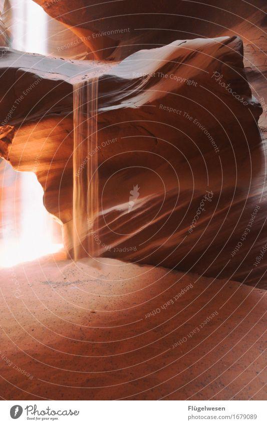 Upper Antelope Canyon [28] Farbe Berge u. Gebirge Stein Sand Felsen Tourismus orange Ausflug berühren Hügel USA Amerika eckig Schlucht Farbenspiel Lichtspiel
