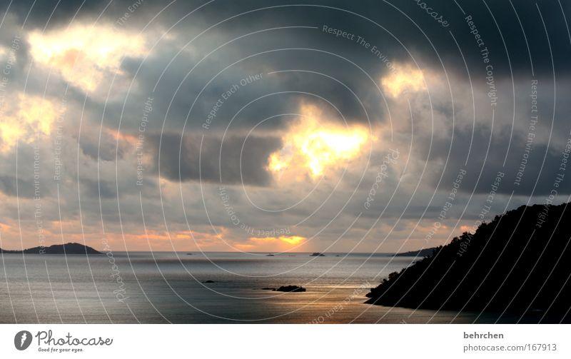 das spiel des engels Farbfoto Außenaufnahme Morgendämmerung Sonnenlicht Sonnenstrahlen Sonnenaufgang Sonnenuntergang Himmel Wolken Wellen Küste Strand Bucht