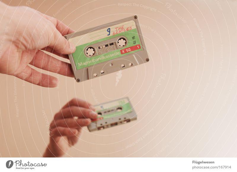 9 The Beatles (GDR-Raubkopien) Musik Coolness retro hören Musiknoten Musiker Musikkassette England Mensch Liverpool Musik hören