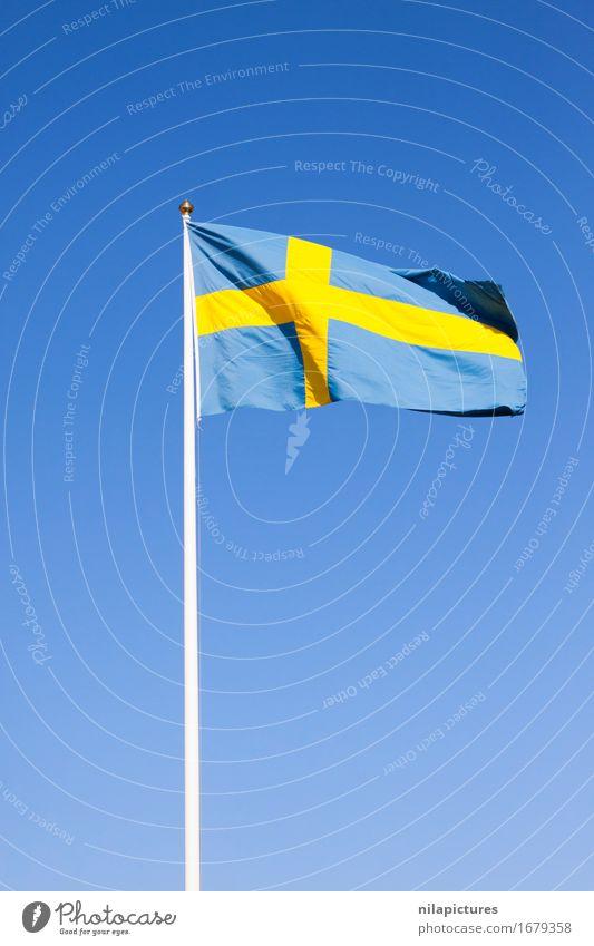 Schwedische Fahne Himmel Ferien & Urlaub & Reisen blau Farbe Sommer Sonne Ferne Umwelt gelb Frühling Hintergrundbild Lifestyle Freiheit Tourismus Design Wetter