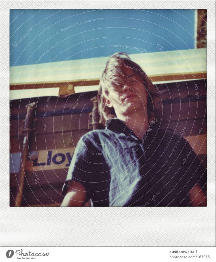 Summer Farbfoto mehrfarbig Außenaufnahme Nahaufnahme Polaroid Textfreiraum oben Tag Kontrast Sonnenlicht Froschperspektive Totale Porträt Oberkörper