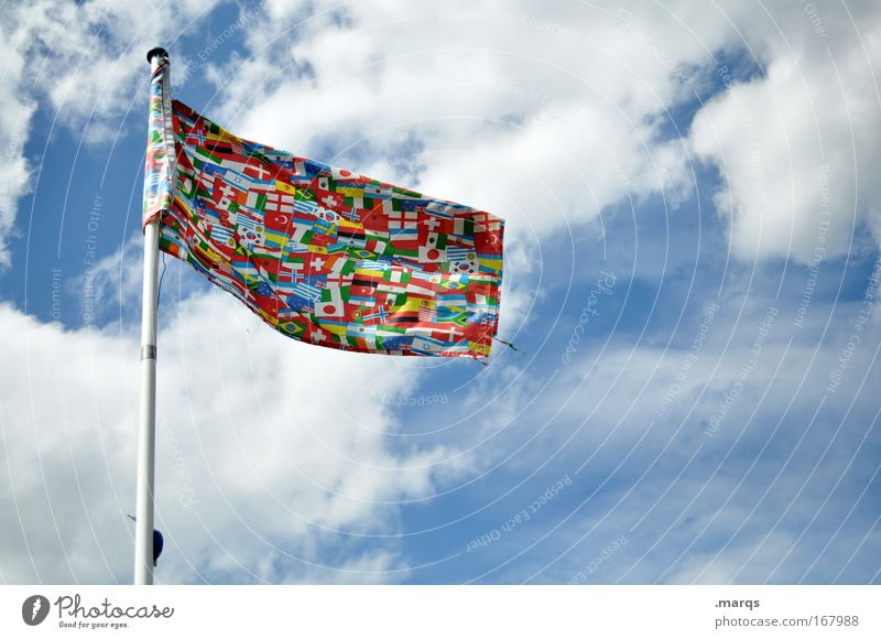 Multikulti Design Himmel Wolken Fahne Ferien & Urlaub & Reisen außergewöhnlich hoch einzigartig mehrfarbig Stimmung Macht Toleranz Stolz Bildung Freiheit