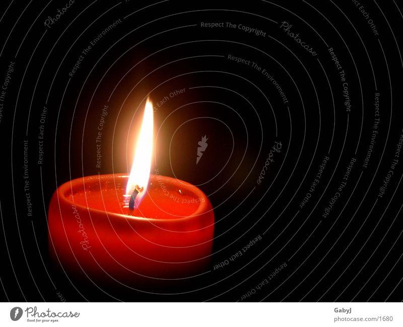 Advent Kerze Kerzenschein dunkel rot Licht gemütlich Brand Häusliches Leben Weihnachten & Advent Lampe candle light