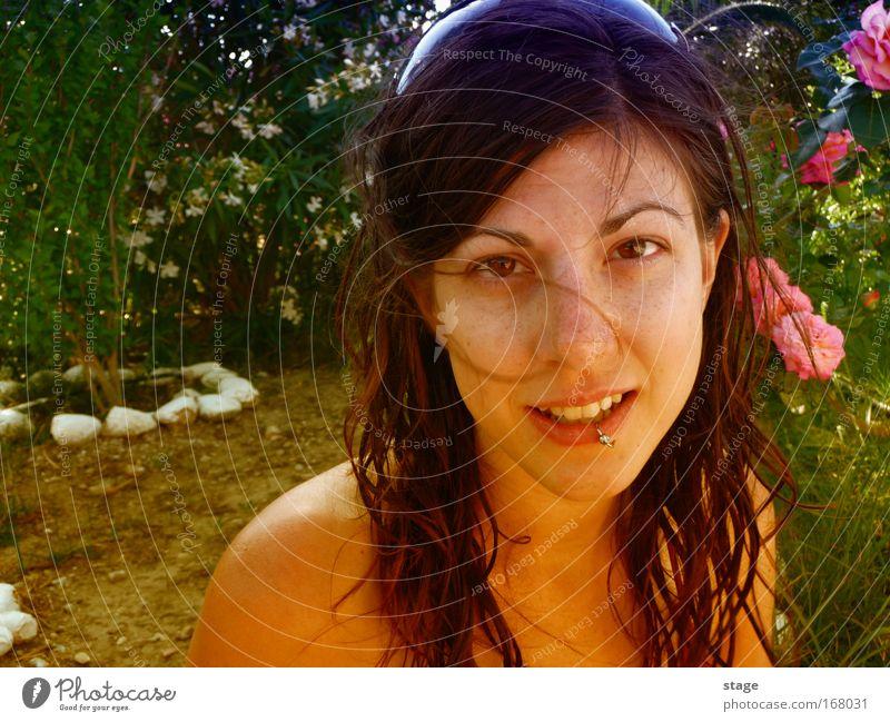 Weiblicher Garten Frau Mensch Natur Jugendliche schön Baum Pflanze Blume Sommer Erwachsene Gesicht feminin Landschaft Kopf Haare & Frisuren
