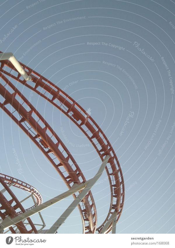 es geht abwääääääääääärts!!! blau rot Sommer Freude Angst Freizeit & Hobby Ausflug ästhetisch Netzwerk Mut Todesangst Mobilität Jahrmarkt Handel Leichtigkeit