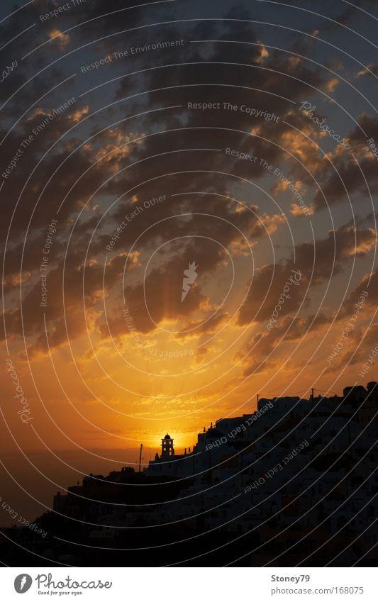 Leuchtturm schön Himmel Sonne rot Ferien & Urlaub & Reisen ruhig Haus Wolken Wärme Stimmung Kraft gold Horizont Europa Insel Kirche