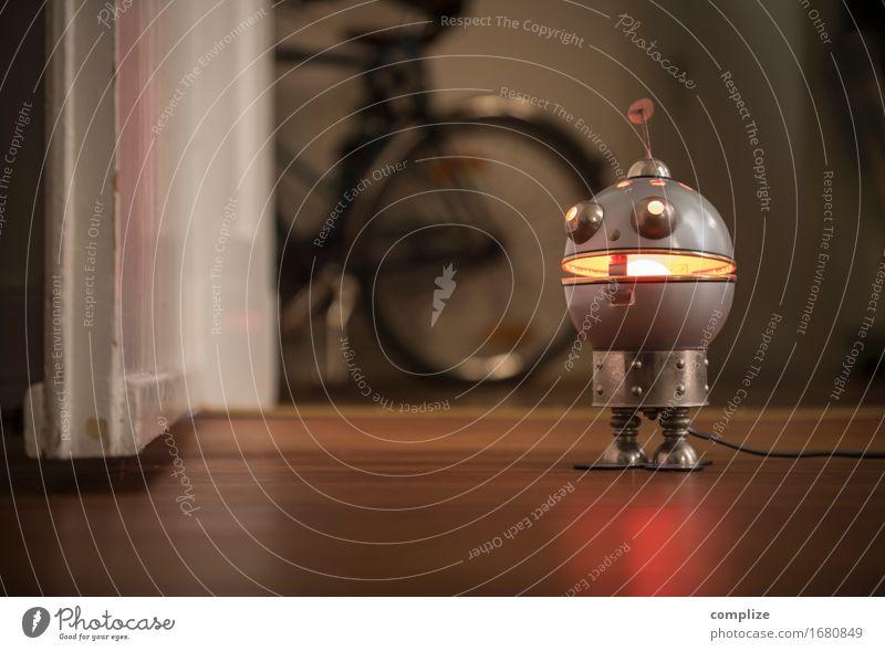 Old Robot Innenarchitektur Stil Lifestyle Spielen Party Lampe Design Wohnung Raum Häusliches Leben Freizeit & Hobby Tür Fahrrad Technik & Technologie retro