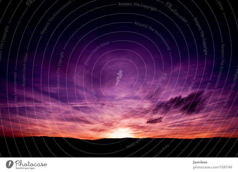Spirit Himmel blau schwarz Wolken Einsamkeit dunkel Wärme Landschaft Zufriedenheit Kraft frei Horizont Hoffnung ästhetisch Sonnenuntergang violett