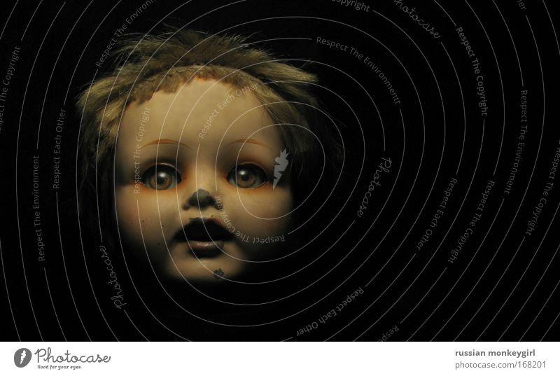 eppup: hAffnAng Kind Gesicht feminin dunkel Traurigkeit Kindheit Baby Mund glänzend Armut leuchten Kunststoff Lippen Spielzeug Kleinkind Schüler