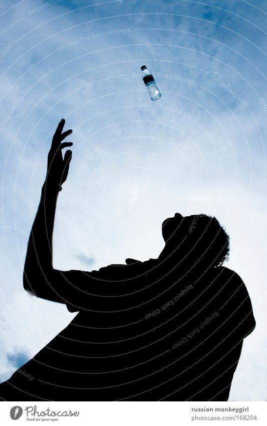 erfrischung Farbfoto Außenaufnahme Stil Leben maskulin Mann Erwachsene Sommer Wasser Unendlichkeit Sauberkeit blau Wellness