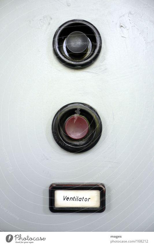 Benutzereingabe erforderlich! rot schwarz grau Schilder & Markierungen Design Schriftzeichen Kontrolle Erwartung Schalter Taste Steuerelemente Ventilator