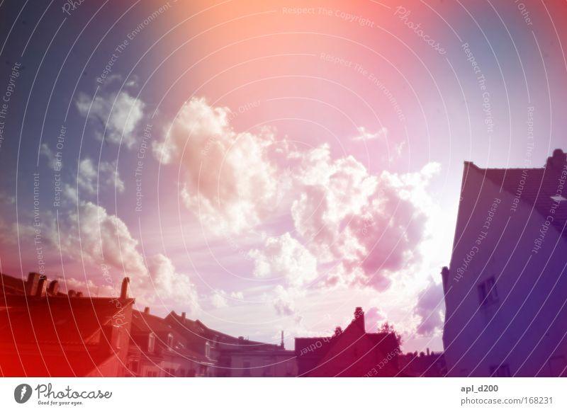 LSD Hinterhof Farbfoto Außenaufnahme Experiment Textfreiraum oben Tag Licht Lichterscheinung Sonnenlicht Zentralperspektive Heidelberg Deutschland Europa Stadt