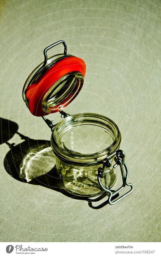 Weckglas weckglas eingemachtes konserviert wach konservieren Ernährung vorratshaltung Vorrat Haltbarkeit just in time Glas leer offen Verschlussdeckel