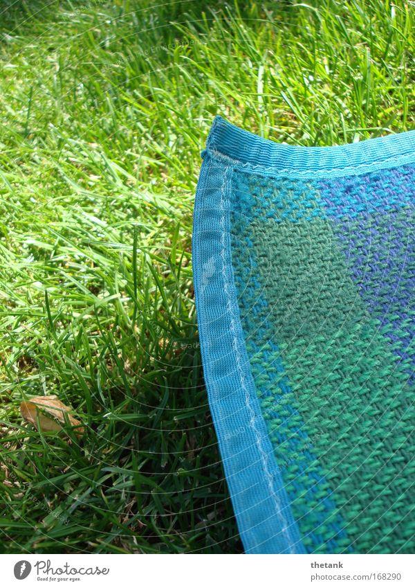 decke.ecke grün blau Sommer Ferien & Urlaub & Reisen Erholung Wiese Gras Wärme Zufriedenheit Ausflug Freizeit & Hobby heiß Gelassenheit Picknick Decke