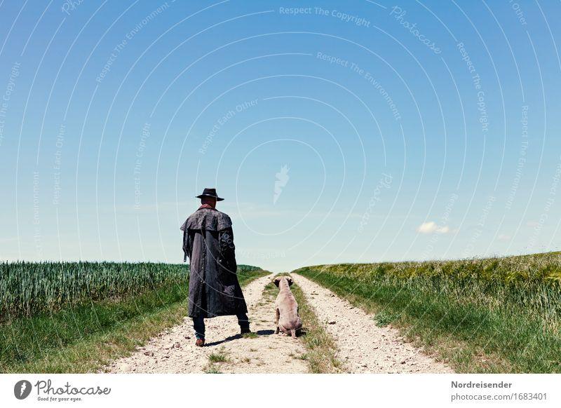 Zwölf Uhr mittags .... Mensch Himmel Hund Mann Sommer Tier Erwachsene Straße Wege & Pfade Gras Freiheit maskulin Feld stehen warten Bekleidung