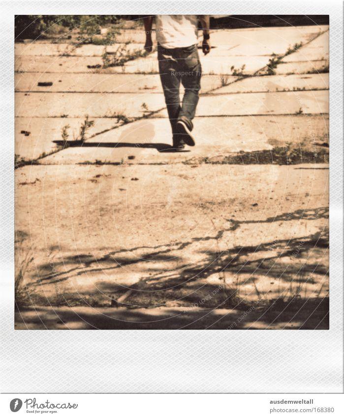 Step By Step Mensch Mann Jugendliche Hand weiß ruhig Erwachsene schwarz Ferne Bewegung Stil Wärme Beine Fuß braun gold