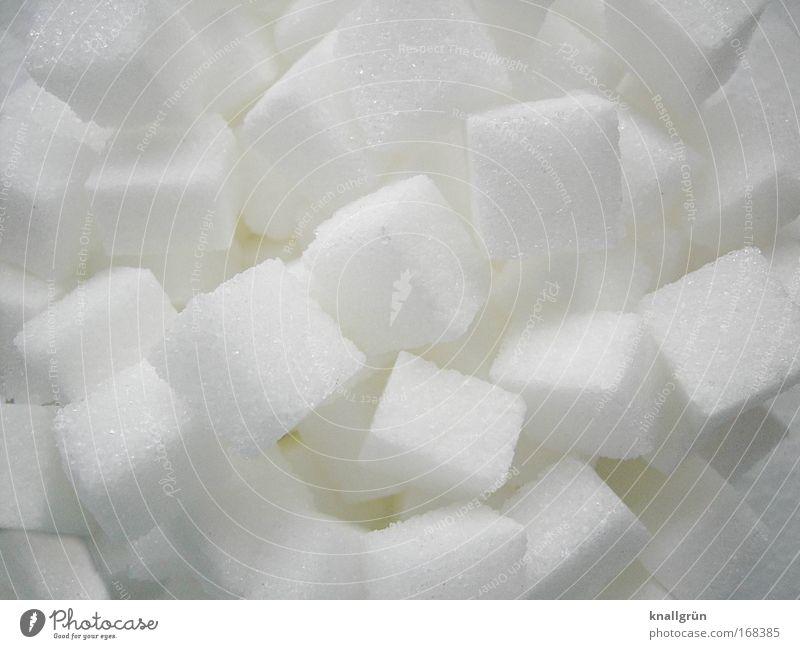 Du süßes Stück! weiß Lebensmittel süß Quadrat genießen Kristallstrukturen Zucker eckig Würfelzucker