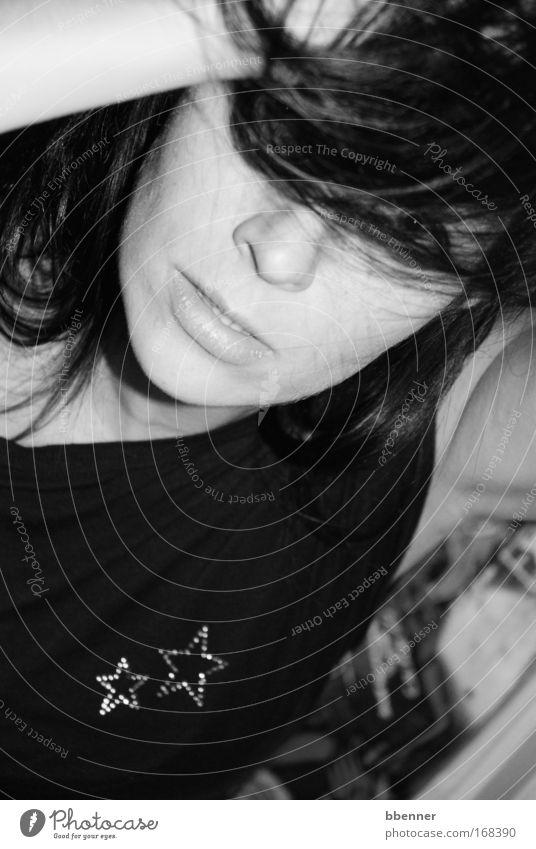 Augenblick Mensch Jugendliche schön weiß Gesicht schwarz Leben feminin Gefühle Haare & Frisuren Mund Mode Haut Arme Nase Stern (Symbol)