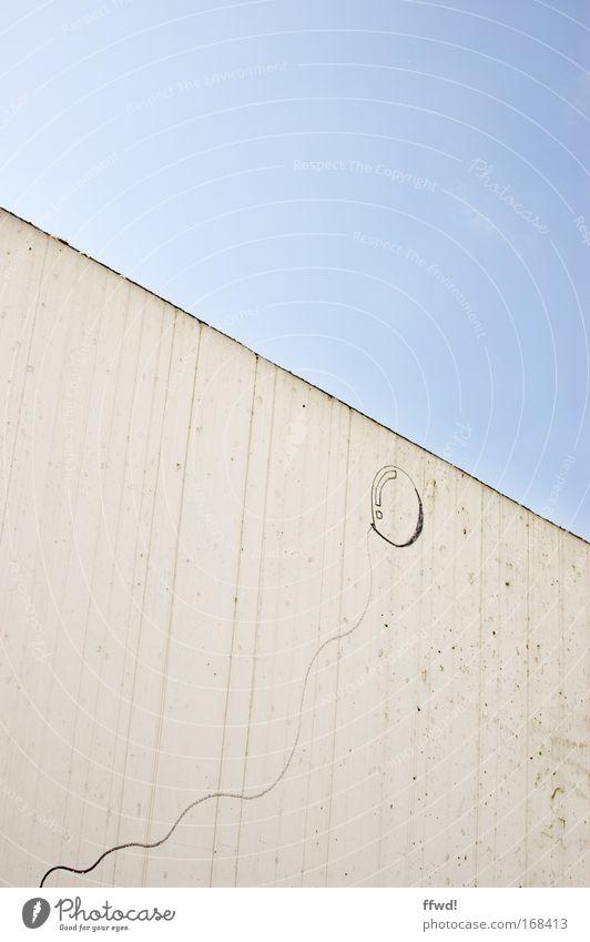 [PC-Usertreff Ffm]: up & away weiß blau Freude Wand Mauer Linie Feste & Feiern fliegen Fröhlichkeit Zukunft Luftballon Unendlichkeit Zeichen Schnur