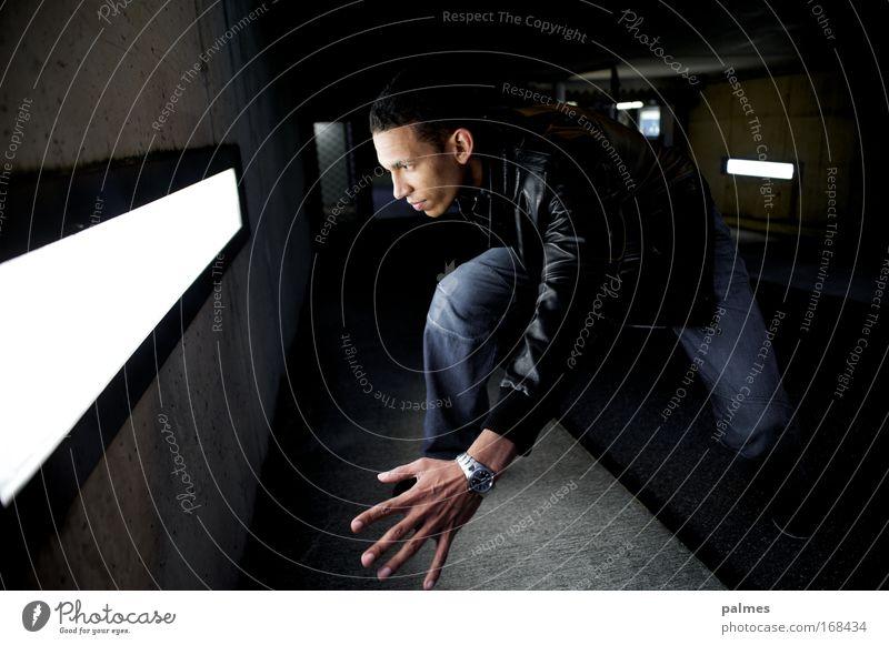 lightfighter Mensch Mann Erwachsene Bewegung maskulin Energiewirtschaft außergewöhnlich Bekleidung leuchten Jeanshose Jacke Dynamik Leder 30-45 Jahre