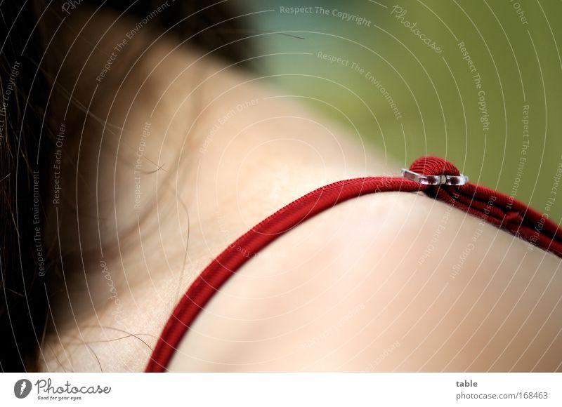 Freier Träger Frau Mensch grün schön rot Erwachsene Erholung feminin Gefühle Haare & Frisuren Mode elegant Haut natürlich ästhetisch Bekleidung