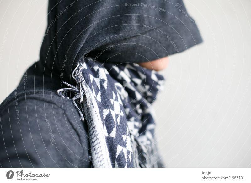 Blaumachen | am besten unerkannt ! Stil 1 Mensch Kapuzenpullover Kapuzenjacke Tuch Schal blau Unlust Scham verstecken verdeckt identifizieren Identität